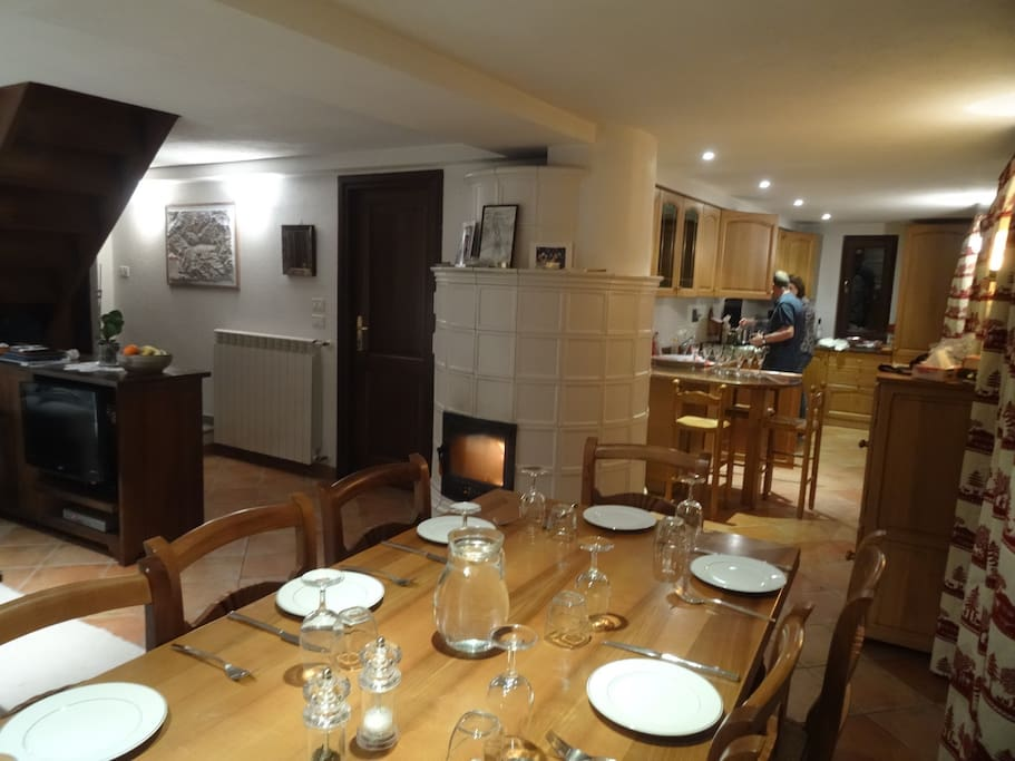 Dining area with log burning fire - very cosy in Winter