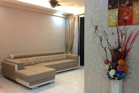 Modern n freshly renovated room - Bayan Lepas