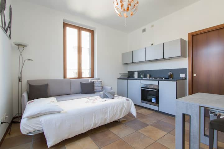 Fabulous studio in  Monza 15 km to Milan city cent