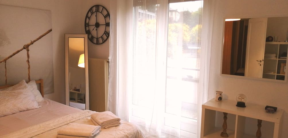 Very comfortable and cozy room in Lausanne