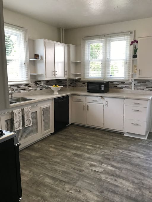 Shared Kitchen - Fully stocked for your convenience.