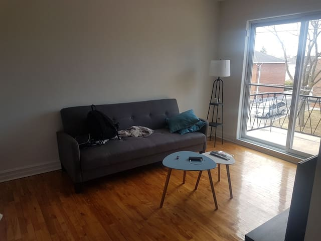 Sofa avail, perfect to visit Mtl - Montreal - Casa