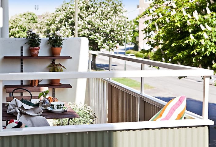 Cozy Room  |  Private Balcony  |  Superb Location