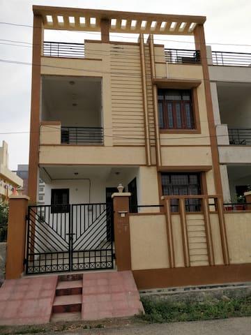 Lux 3 bedroom House in Lake city Udaipur RAJASTHAN