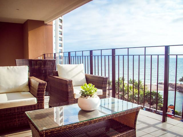 Large terrace. Amazing and commanding frontal views of the ocean from living area and bedroom.