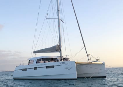 Catamarano a vela Luxury