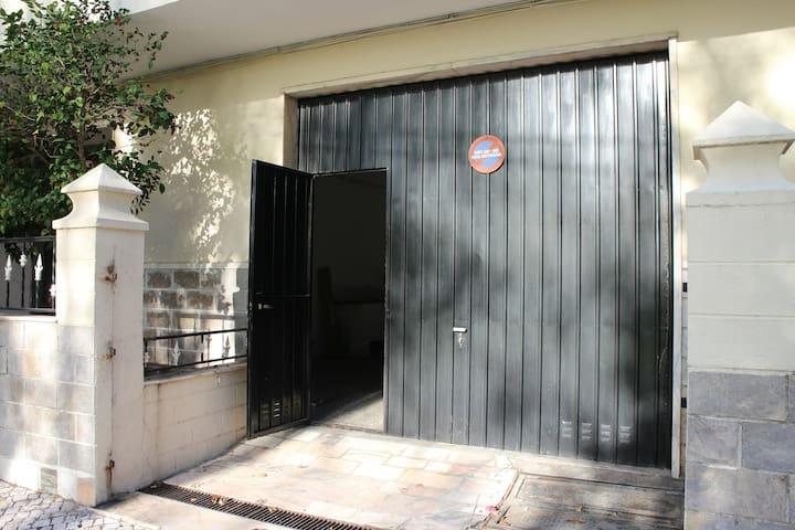 Garagem - Foto 2