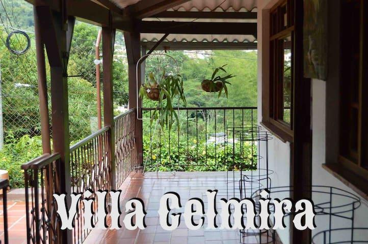 Villa Celmira casa quinta la vega