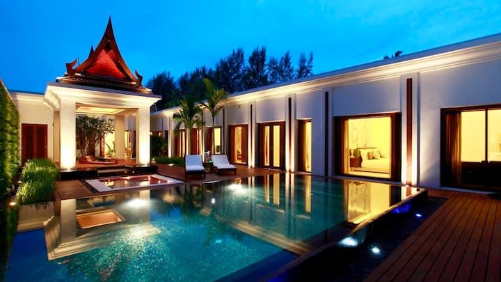 3 bedroom Beachfront Double pool villa in MaiKhao