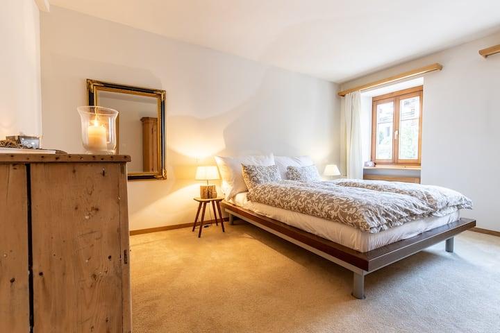 renovierte 4 1/2-Zimmerwohnung im Herzen von Scuol