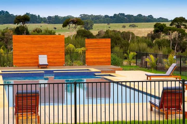 Phillip Island Resort Accommodation (3br Villa)