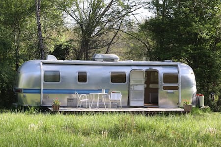 Airstream in the Aquitaine - Cazaugitat - Annat