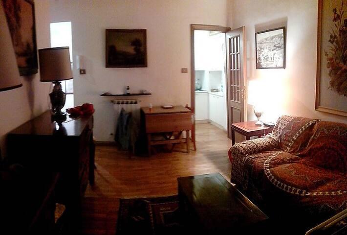 Bilocale Retrò Centralissimo - Genua - Wohnung
