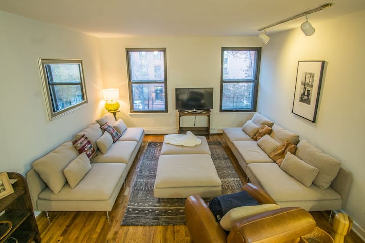 2BR in the Heart of Downtown Brooklyn - Near ALL