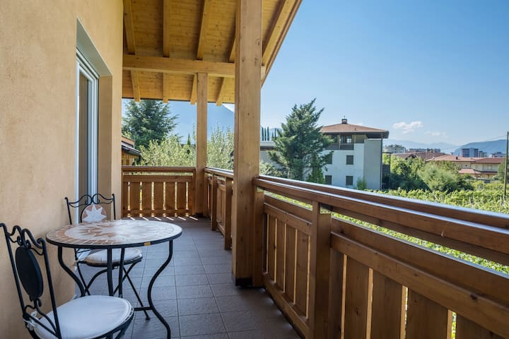 """Cozy Apartment """"Ferienwohnung Moritzing"""" with Mountain View, Wi-Fi & 2 Balconies; Parking Available"""