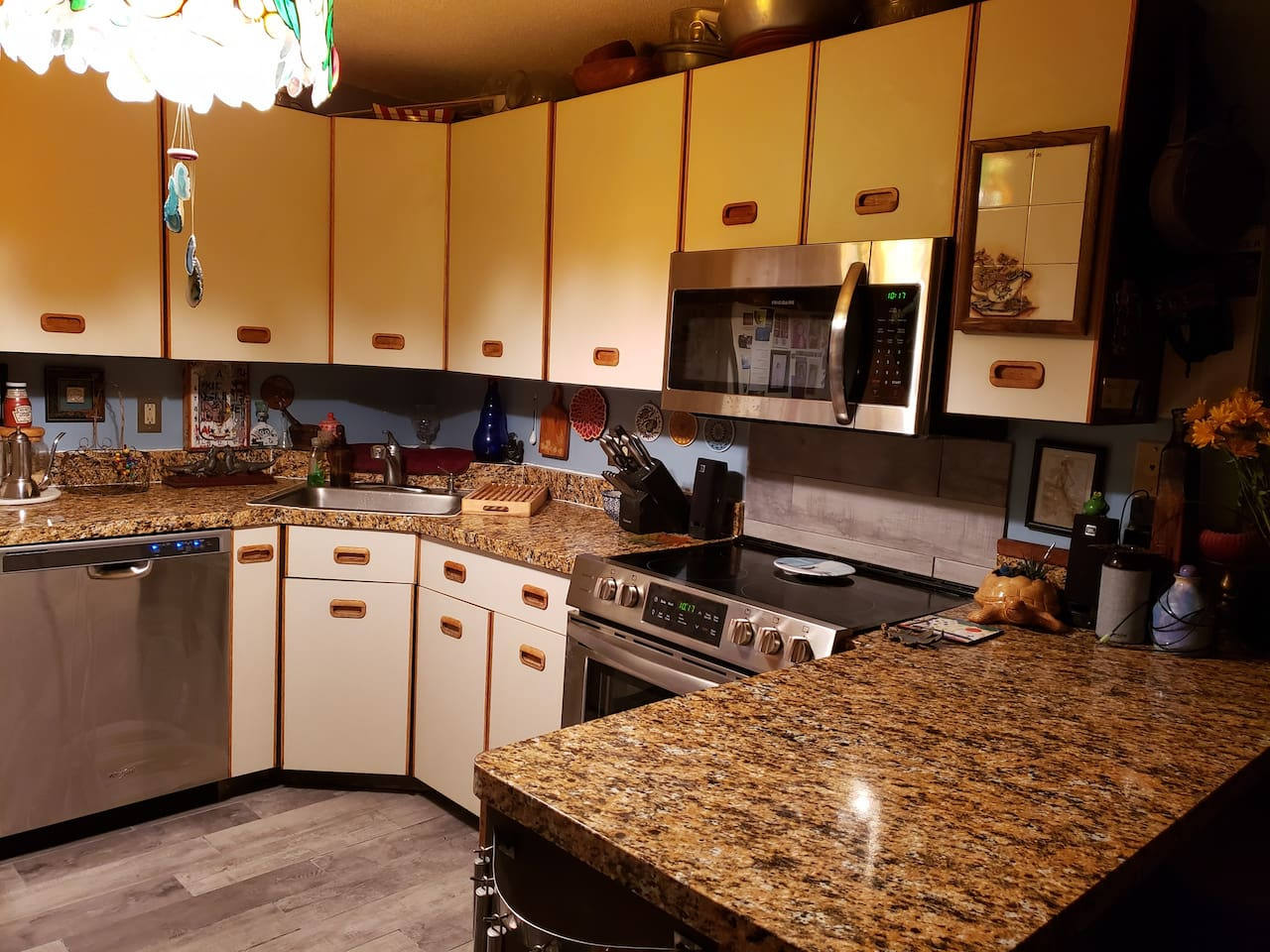 Fully equipped kitchen with new appliances. All guests are able to use kitchen at anytime.