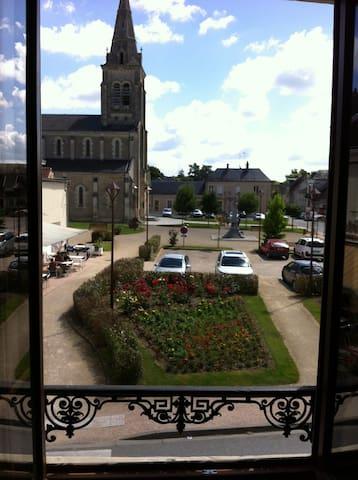Bel appartement pour 6 personnes - Cœur de village - Tournon-Saint-Martin - Apartamento