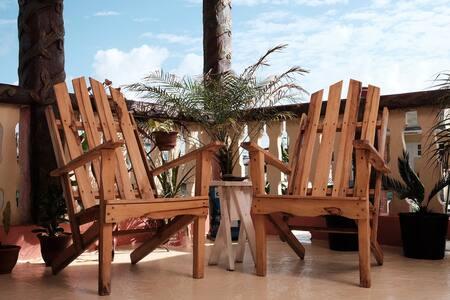 "Hostal ""Casa Yoco & Mima"" - Habitación 2 - Baracoa - Bed & Breakfast"