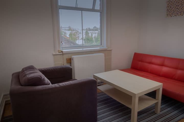 Amazing city centre apartment for three guests!!