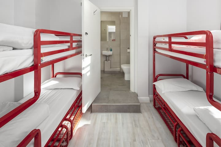 Bed in 12-Bed Mixed Dorm with Ensuite Bathroom