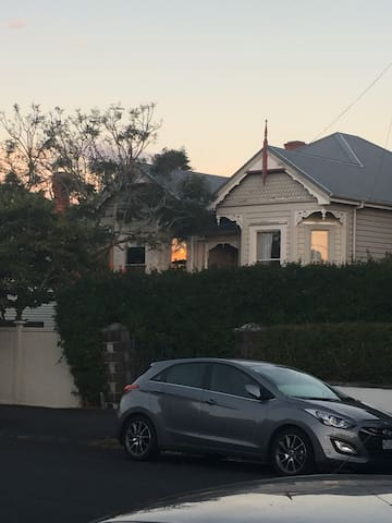 Beautiful rooms by 2 safe beaches - Auckland - House
