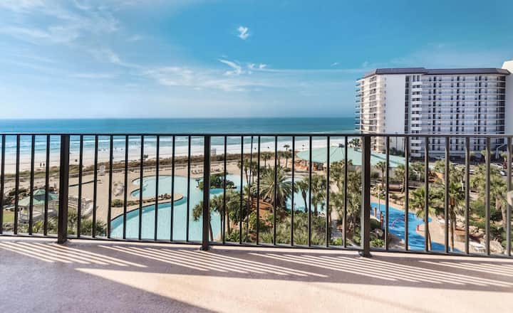 New Listing! Check out that ocean view! Full-service resort, great location!