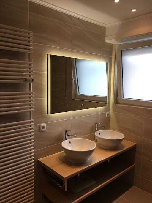 Your private bathroom - modern