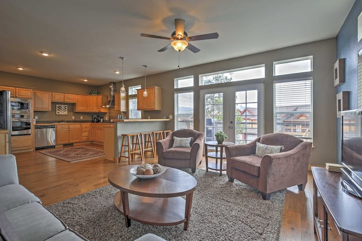 Fraser Home w/ Byers Mtn & Ski Slope Views!
