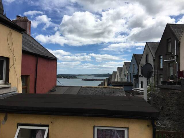 House with sea view in Cobh centre