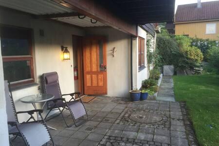 Cosy two bedroom apartment in Arna close to Bergen - Bergen