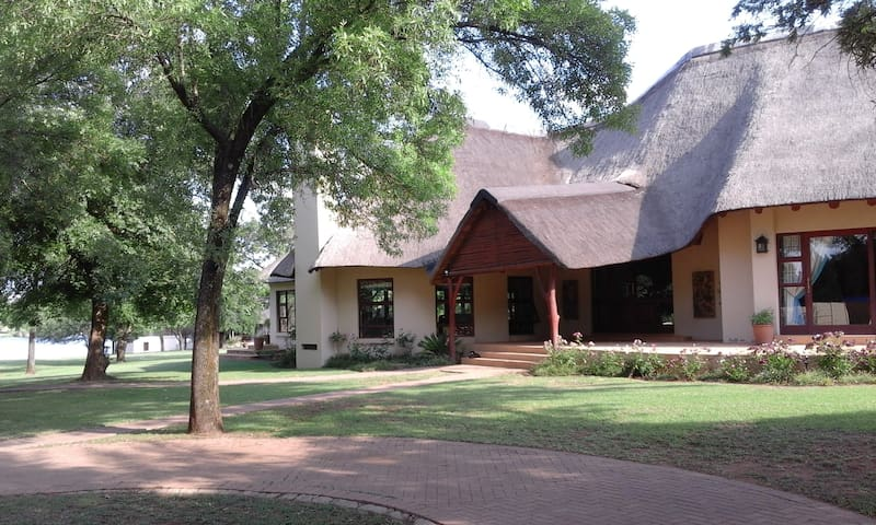 Gentleman's Estate on the Vaal River