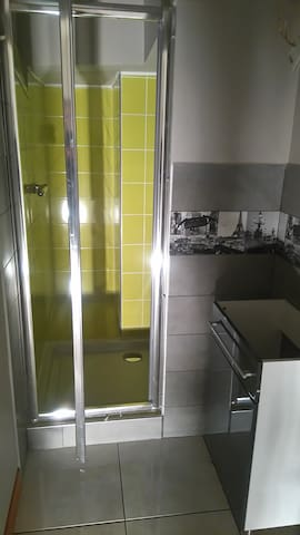 Appartement agreable proche de nombreux loisirs - Champeix - Apartamento