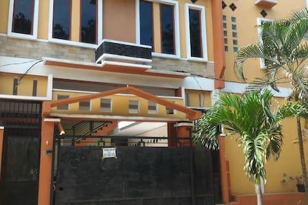 Kost Cilegon RS Krakatau Medika - Cilegon - บ้าน