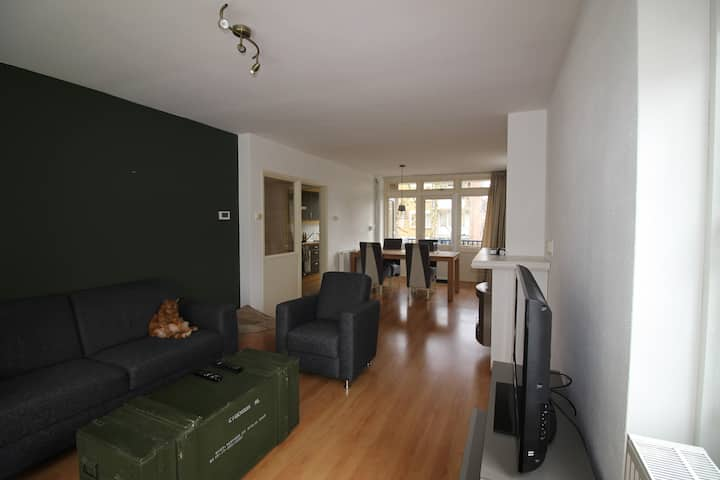 Comfortable and open apartment, close to Amsterdam