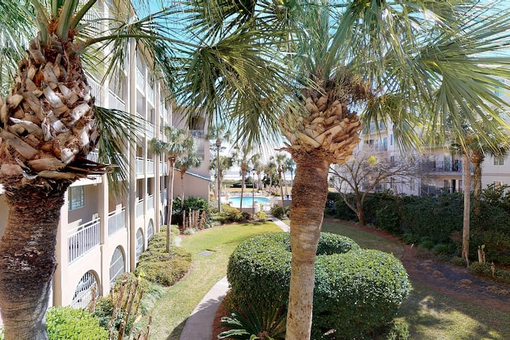 North Breakers 2 bedroom condo with access to the Beach