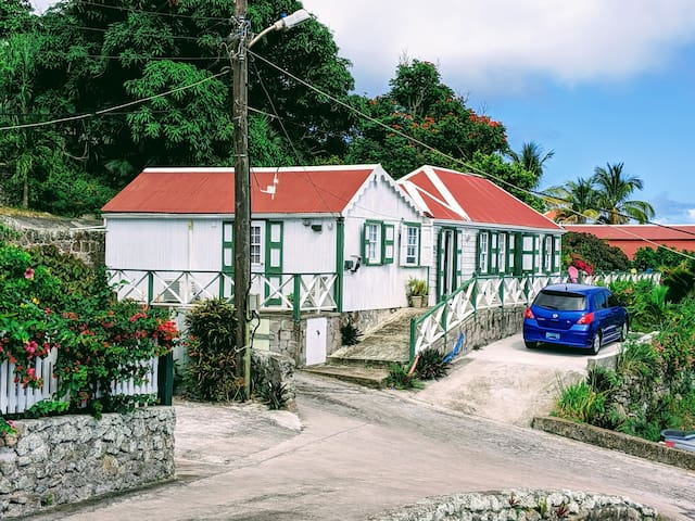 Althea Cottage - old world charm on Saba  Nov-June