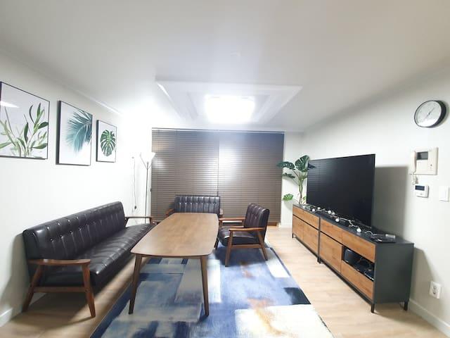 Lara house☆ (25평 춘천중심, 역세권, 홈플러스5분, CGV)