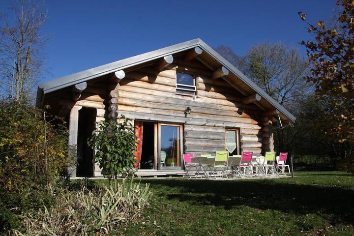 Chalet en rondins au coeur du Jura