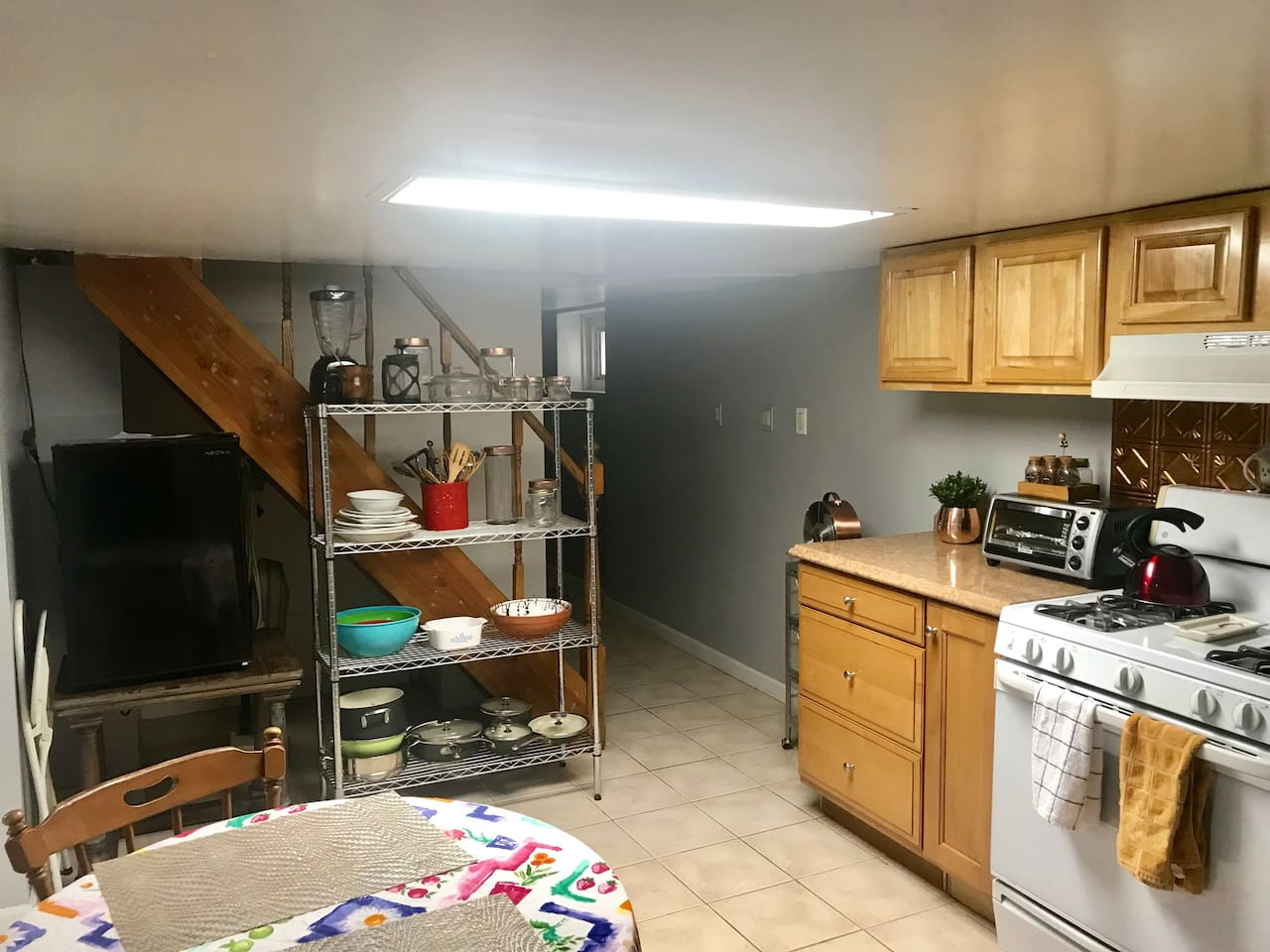 Full kitchen, working oven, stove top for cooking, coffee pot, toaster and microwave- to help create a great experience.