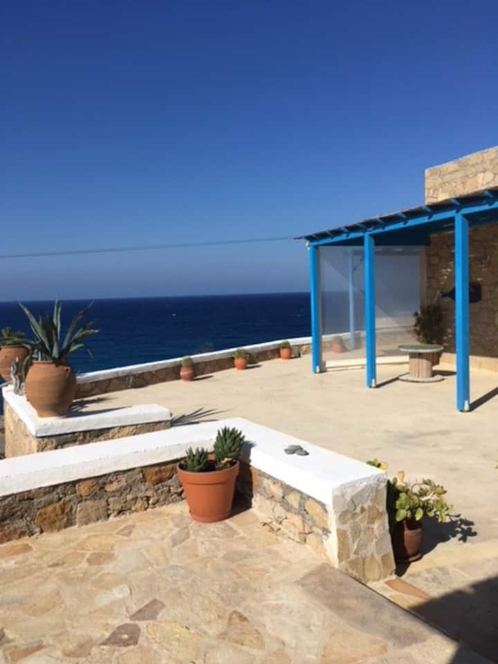 Meravigliosa villa con terrazze sul mare