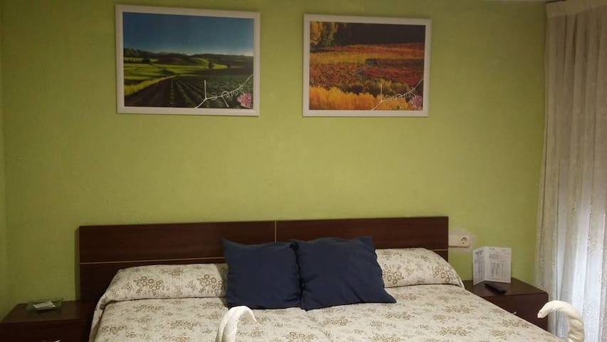 Pensión En Fuenmayor La Rioja - Fuenmayor
