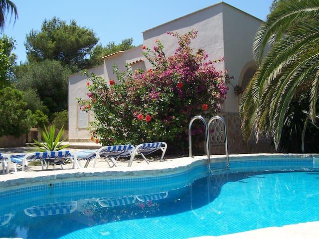 Cala Murada, villa pool x 4 people - Cala Murada