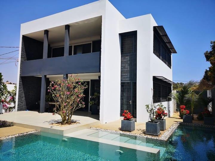 Villa de luxe -  50m plage - coeur de la Somone