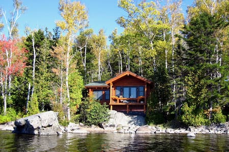 Hunters Lodge of Nevermore Cabins - Greenville - Cabane