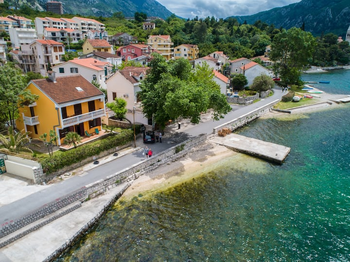 Apartment 5meters from sea 2, Kotor