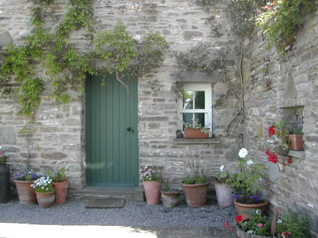 The Hayloft near Brecon, Sleeps 4 - Brecon - อพาร์ทเมนท์