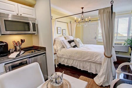 RomanceAtTheBeach * The Hampton Apt - Panama City Beach - Apartamento