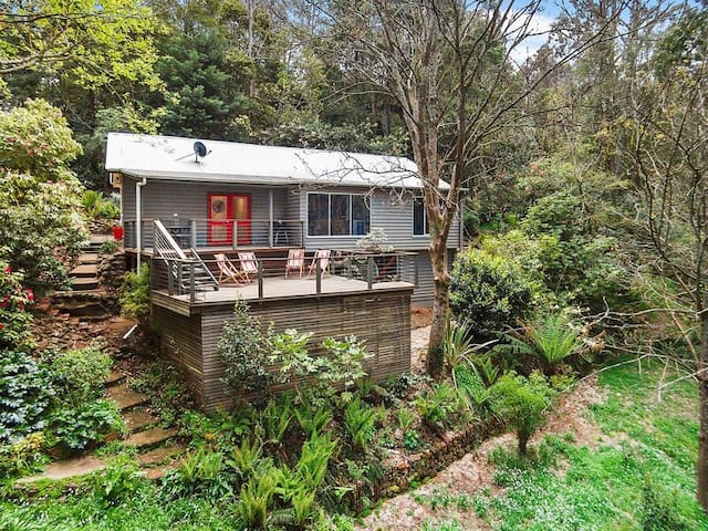 ARC - Anzac Road Cottage, Mt Macedon - Mount Macedon - Casa