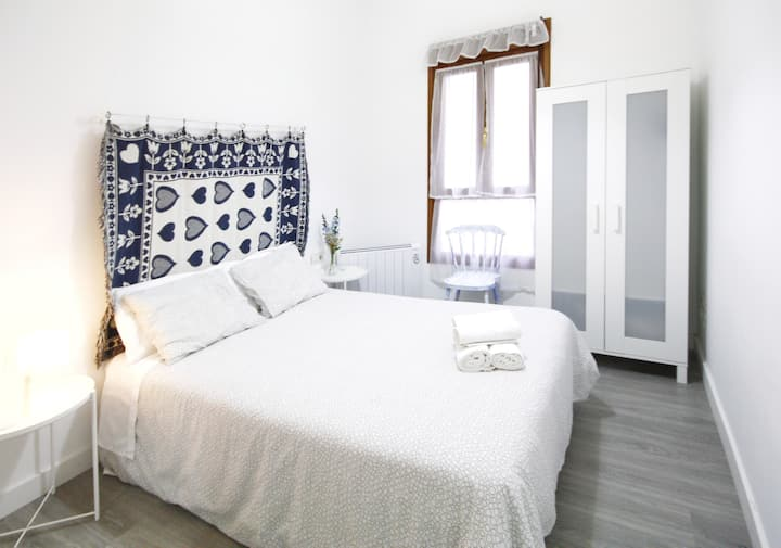 Bilbao apartment ★2 bedrooms ★WIFI ★Opt: Parking