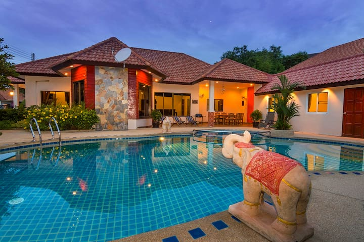 ★★★★★ Villa Pattaya Hill with private pool. - Pattaya - House